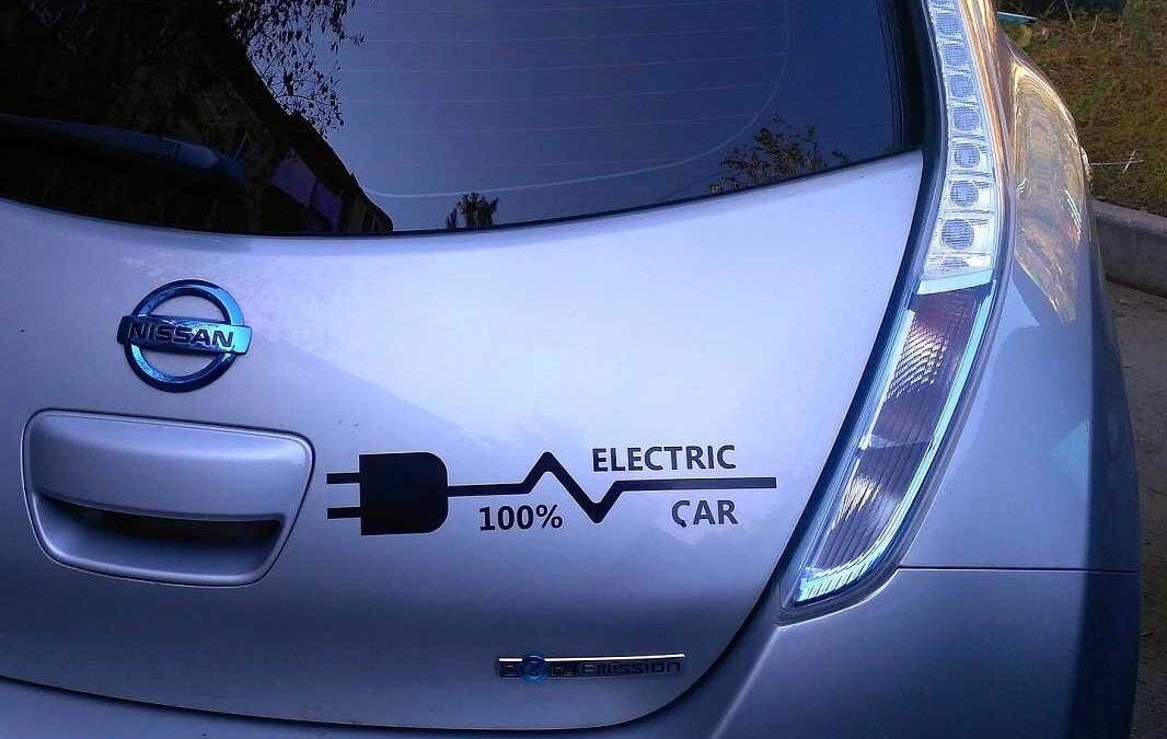 Spolek varuje české vládní orgány před riziky spojenými s dovozem ojetých elektromobilů