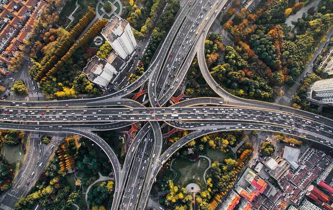 Textové shrnutí prezentace na webináři o elektromobilitě,  který spolek Realistická energetika a ekologie uspořádal 10. 5. 2021